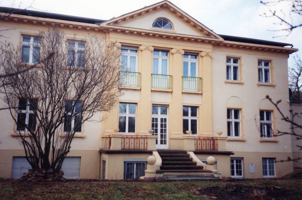Karl-Barth-Haus, Leuna